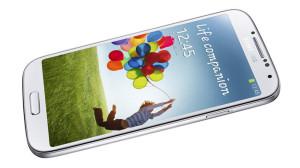 Начались общероссийские продажи смартфона Samsung GALAXY S4