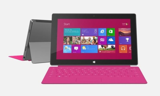 Microsoft раздает планшеты Surface RT в школах