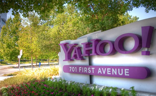 Yahoo хочет стать стандартным поисковиком в iOS