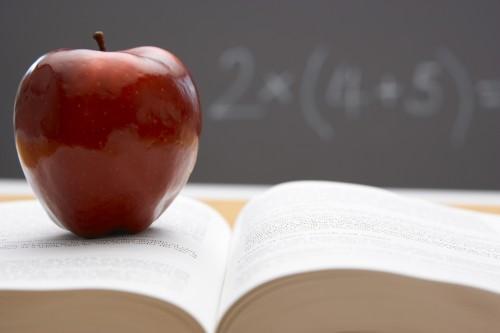 Apple заплатит за книги 450 миллионов долларов