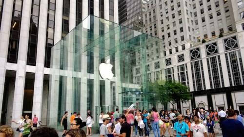 Microsoft откроет магазин рядом с Apple Store