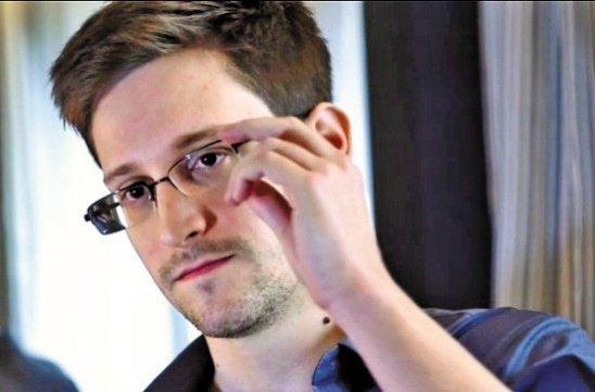 Сноуден отказался от iPhone из соображений безопасности