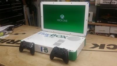 Моддер объединил PS4 и Xbox One в 22' ноутбуке