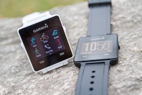 Garmin Vivoactive: смарт-часы для любителей активного отдыха