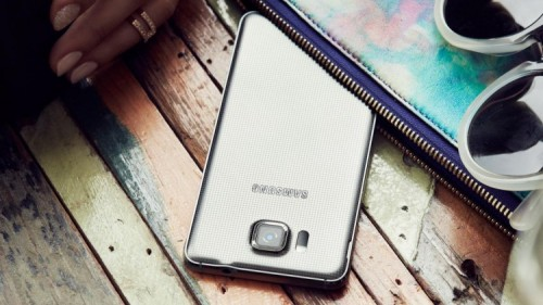 Samsung прекращает производство Galaxy Alpha