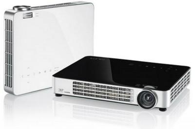Vivitek Qumi Q7 - портативный проектор с поддержкой мобильных устройств