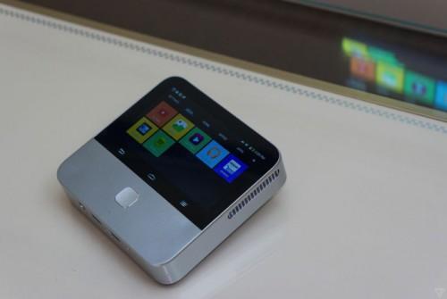 ZTE Spro 2 - Android-роутер с проектором