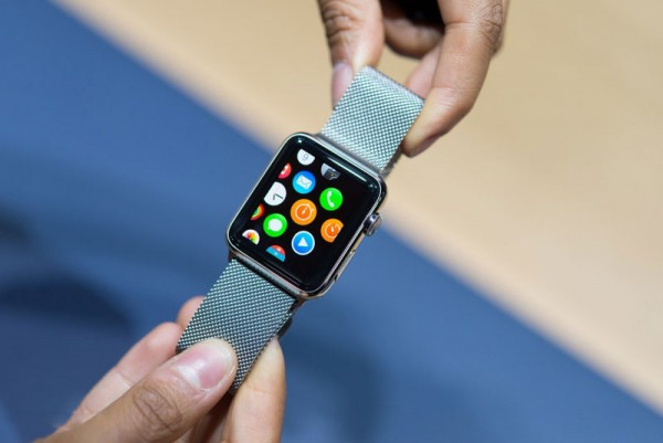 Apple начала обучать сотрудников тонкостям работы с Apple Watch