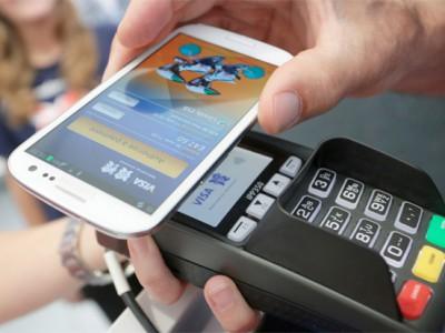 На смартфонах Samsung будут работать сразу две платёжные системы