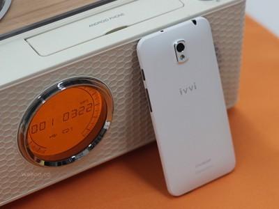Coolpad ivvi Little i пополнил ряды ультратонких смартфонов