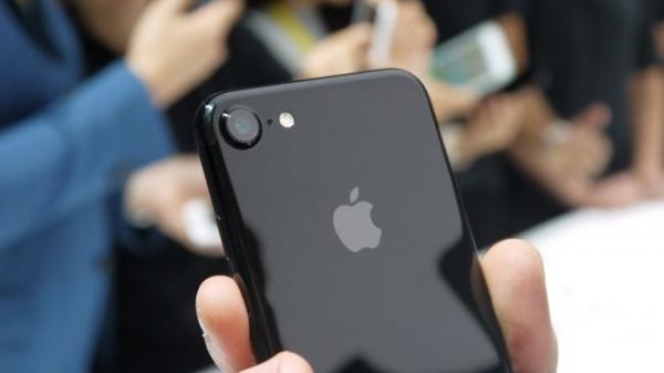 Поставки новых iPhone в 2017 году достигнут 100 млн штук